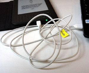 Kindle mit USB-Kabel anschließen