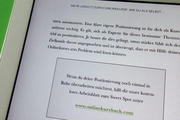 eBook-Layout mit Textboxen und farbigen Links